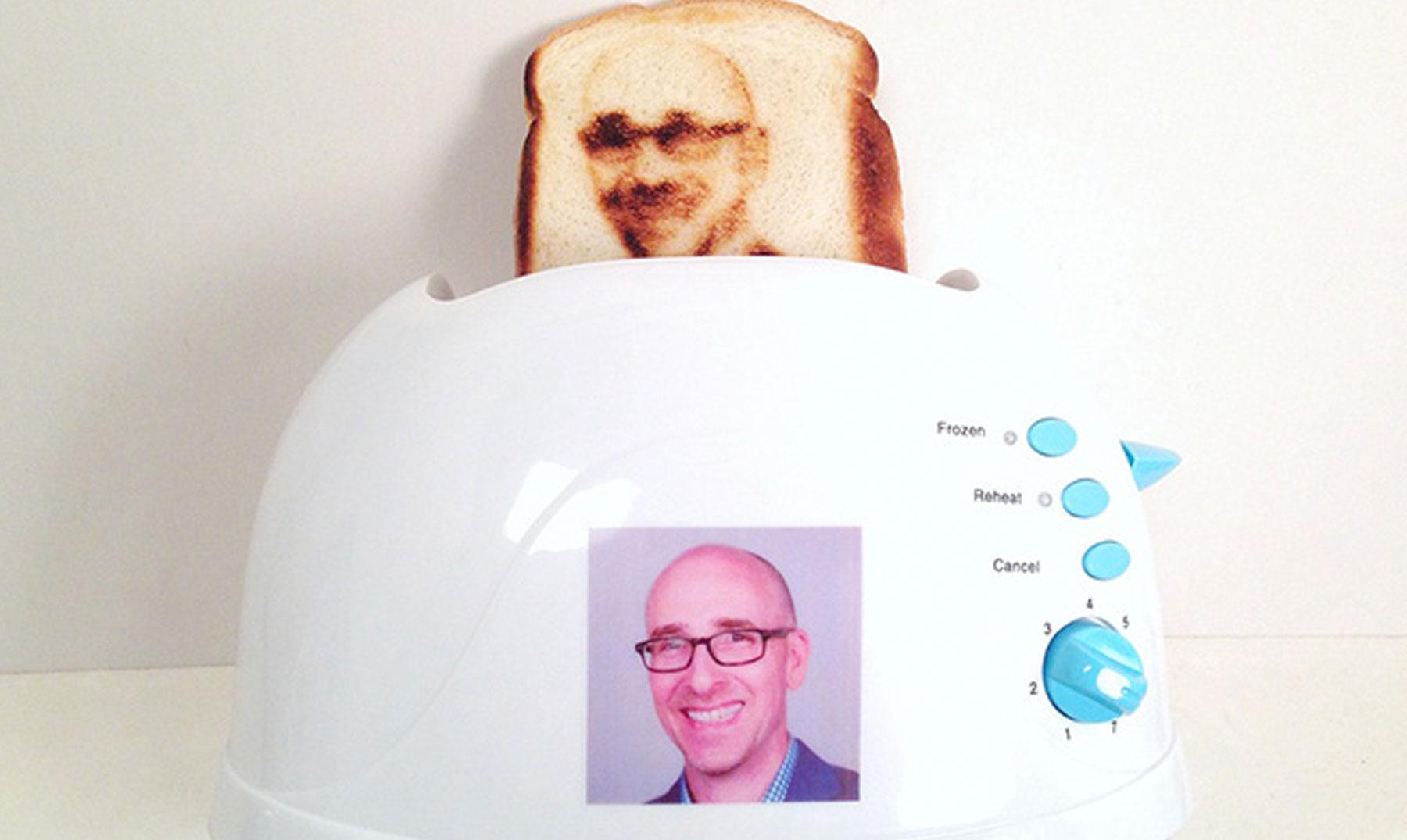 """La tostadora que hace """"selfies"""""""